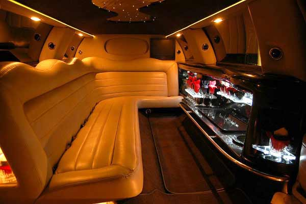 Lincoln limo party rental boston