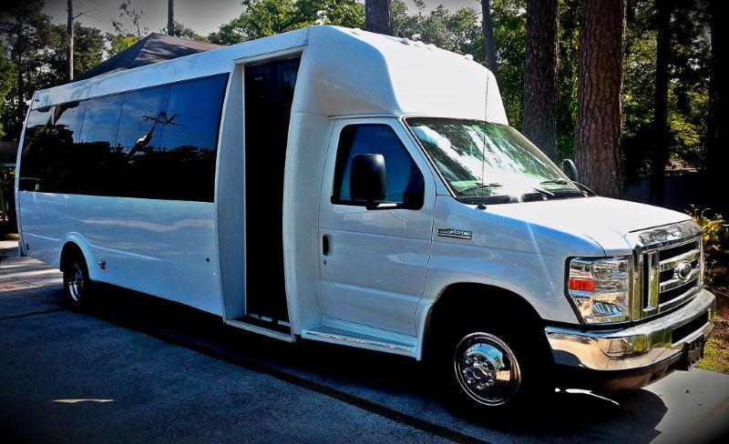 Boston 22 Passenger Party Bus
